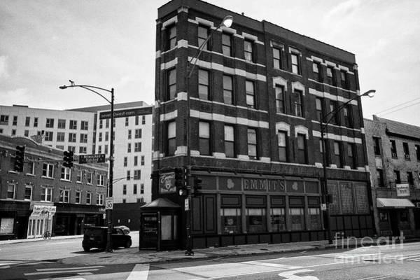 Wall Art - Photograph - Emmits Irish Pub Formerly Osullivans Milwaukee Avenue River West Chicago Il Usa by Joe Fox
