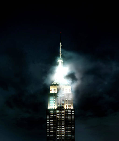 The Empire State Building Digital Art - Empire State Building by Wendy Maulidina
