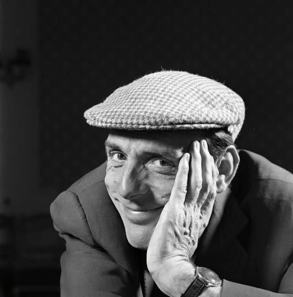 Scriptwriter Photograph - Eric Sykes by Bert Hardy Advertising Archive