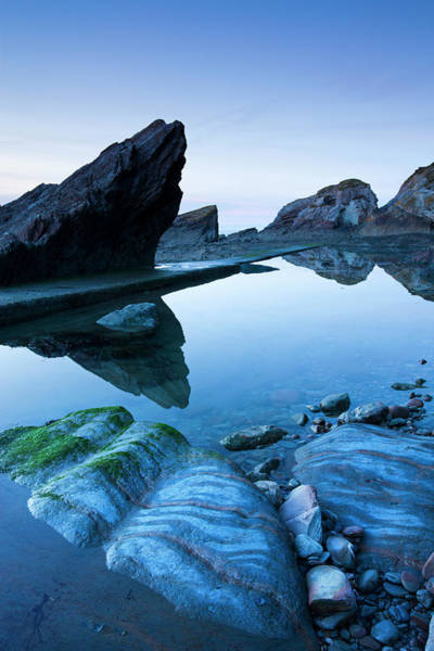 Eroded Slate Rocks And Rockpools At Art Print