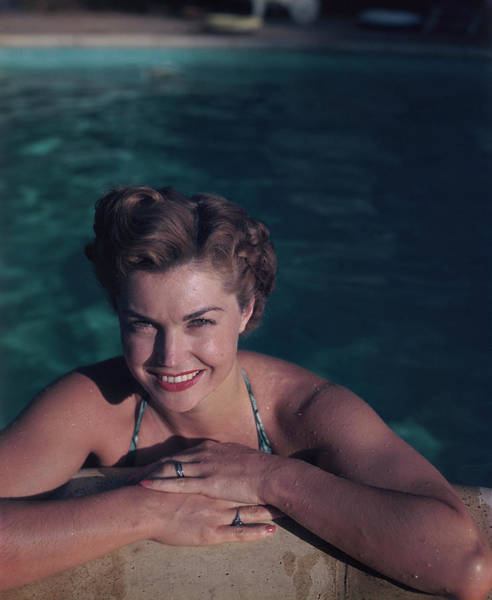 Photo Shoot Photograph - Esther Williams by Archive Photos