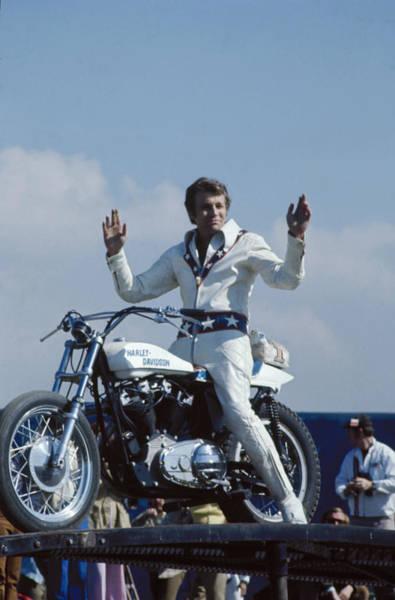 Photograph - Evel Knievel by Ralph Crane