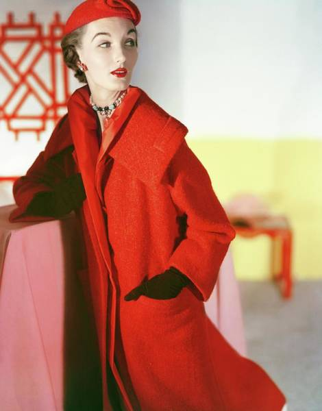 Wall Art - Photograph - Evelyn Tripp Wearing Hattie Carnegie by Horst P. Horst