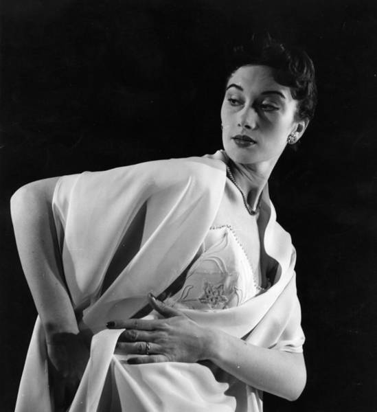Evening Wear Photograph - Evening Stole by John Chillingworth