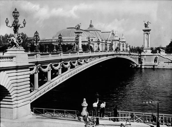 Exhibition Photograph - Exhibition Bridge by London Stereoscopic Company