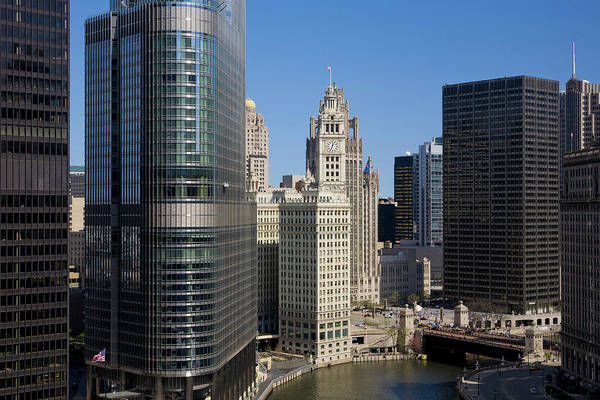 Lake George Photograph - Exploring Downtown Chicago by George Rose