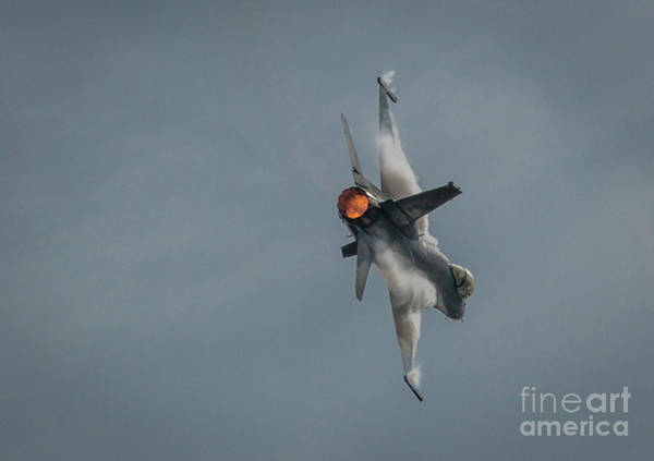Photograph - F-16 Disturbed Air by Tom Claud