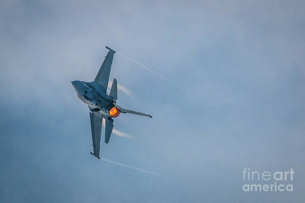 Photograph - F-16 Turn And Burn by Tom Claud