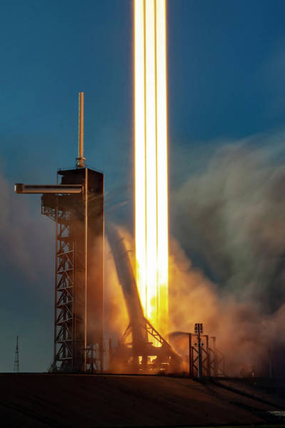 Arab Digital Art - Falcon Heavy Epic Lift Off by Filip Hellman