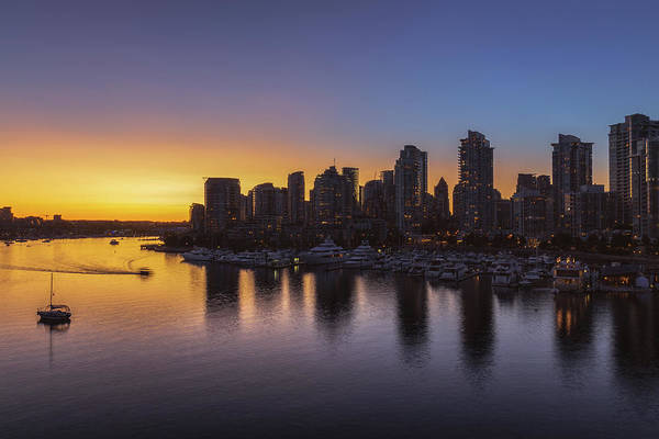 False Creek Wall Art - Photograph - False Creek Sunset No 1 by Chris Fletcher
