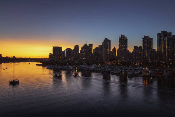 False Creek Wall Art - Photograph - False Creek Sunset No 2 by Chris Fletcher