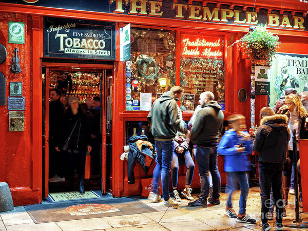 Wall Art - Photograph - Family Time At The Temple Bar Dublin by John Rizzuto