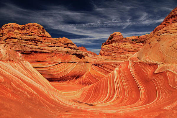 Vermilion Cliffs Wall Art - Photograph - Fantastic Wave by By Chakarin Wattanamongkol