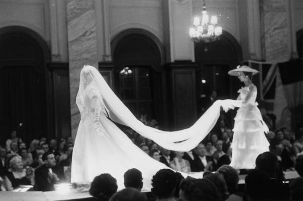 Photograph - Fashion Show by Thurston Hopkins