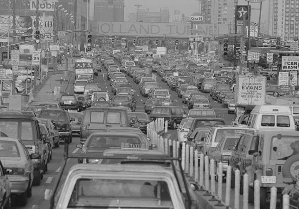 Holland Tunnel Wall Art - Photograph - Fathers Day Traffic At The Holland by New York Daily News Archive