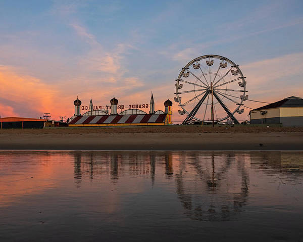 Wall Art - Photograph - Ferris Wheel On The Beach Old Orchard Beach Maine Sunrise by Toby McGuire