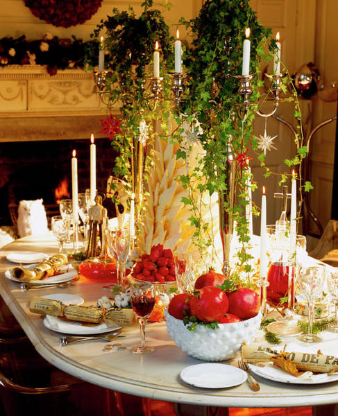 Cracker Photograph - Festive Christmas Table Display by Linda Burgess