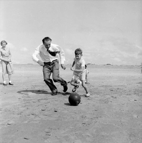 Photograph - Footballing Father by Bert Hardy