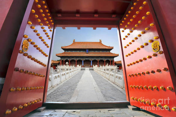 Wall Art - Photograph - Forbidden City In Beijing , China by Hung Chung Chih