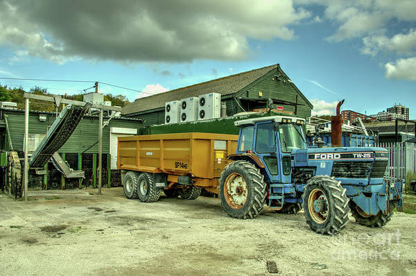 Leigh On Sea Photograph - Ford Tw25 by Rob Hawkins