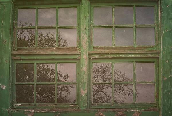 Photograph - Fort Hancock Window by Tom Singleton