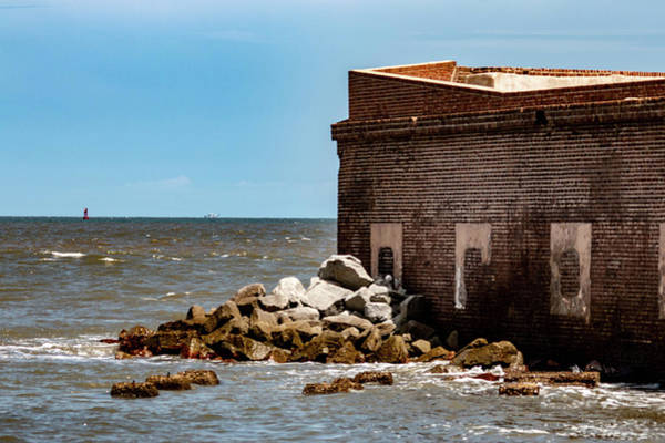 Battle Of The Atlantic Wall Art - Photograph - Fort Sumter Vs The Sea by William Rogers