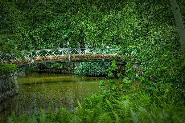 Photograph - Framed Bridge #i8 by Leif Sohlman