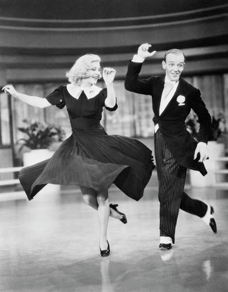 Movie Photograph - Fred Astaire And Ginger Rogers Dancing by Bettmann