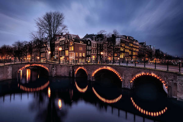 Holland Wall Art - Photograph - Freedom City by Jorge Maia