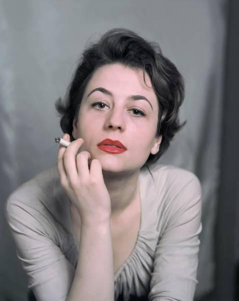 Wall Art - Photograph - French Actress Annie Girardot by Keystone-france