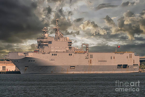 Photograph - French Ship Tonnerre L9014 by Dale Powell