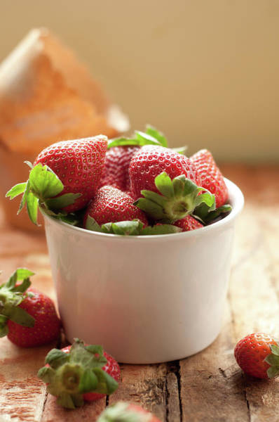 Wood Photograph - Fresh Strawberries In White Cup by Anshu