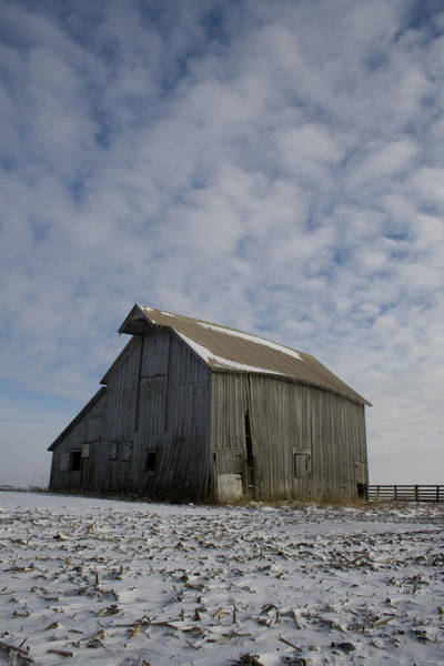 Photograph - Frozen Dusting Barn by Dylan Punke
