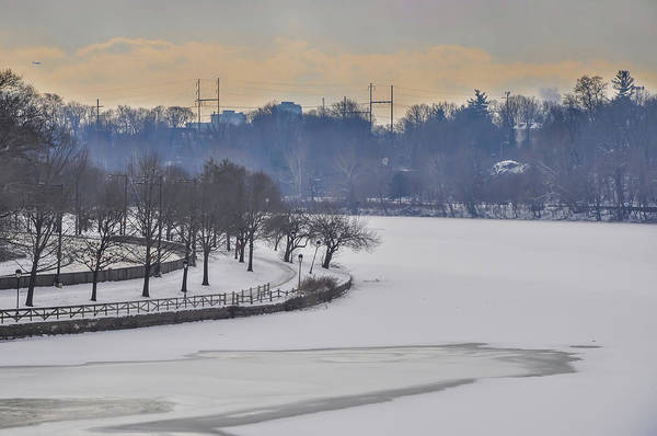 Photograph - Frozen - The Bend In The Schuylkill River - Philadelphia by Bill Cannon