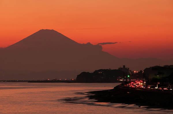 Kamakura Wall Art - Photograph - Fuji Sunset by Inoc