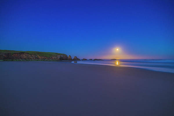 Photograph - Full Moon Over The Pacific - 2 by Jonathan Hansen