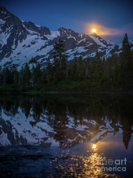 Wall Art - Photograph - Full Moonrise Over Picture Lake by Mike Reid
