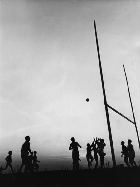 Photograph - Gaelic Football by Fox Photos