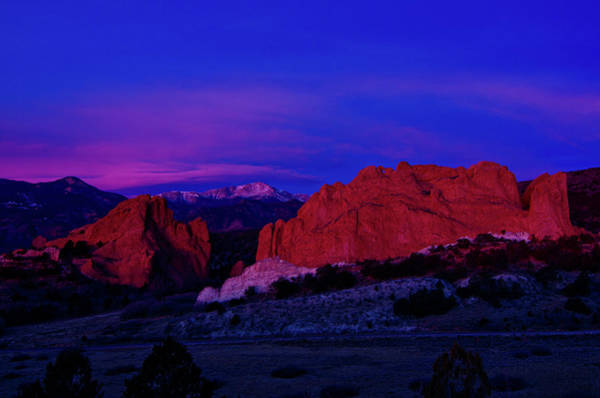 Colorado Photograph - Garden Of The Gods Sunrise by Photo By Matt Payne Of Durango, Colorado