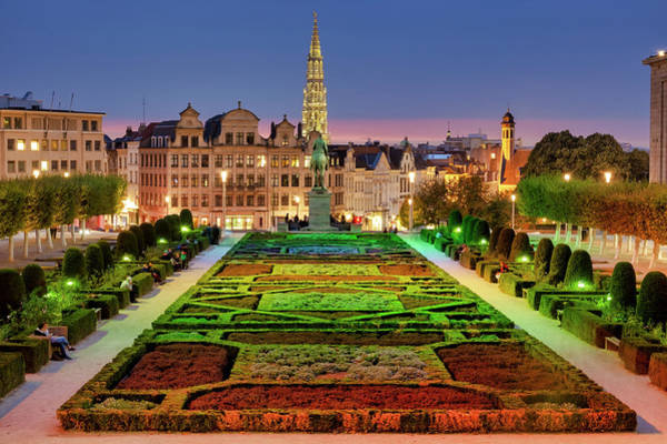 Photograph - Garden Of The Mont Des Arts by Fabrizio Troiani