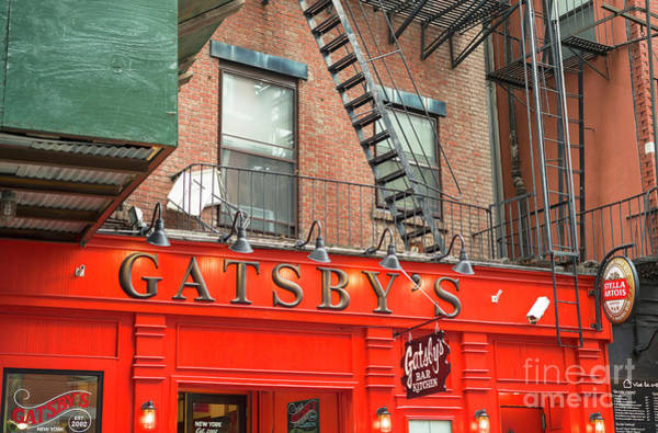 Wall Art - Photograph - Gatsby's Bar New York City by John Rizzuto