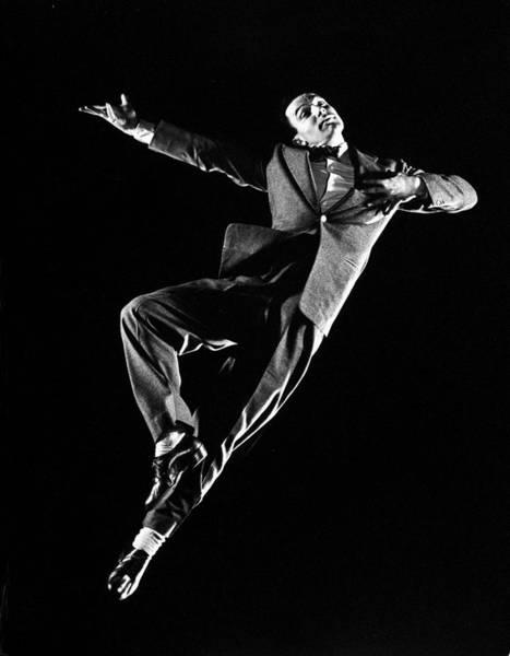 Photograph - Gene Kelly by Gjon Mili