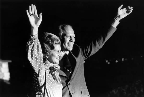 Wall Art - Photograph - Gerald And Betty Ford Waving To Crowd - 1975 by War Is Hell Store