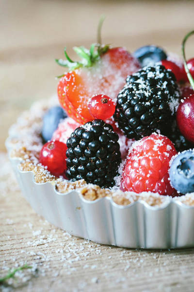 Currants Photograph - Germany, Berlin, Berry Tart, Close-up by Schon & Probst