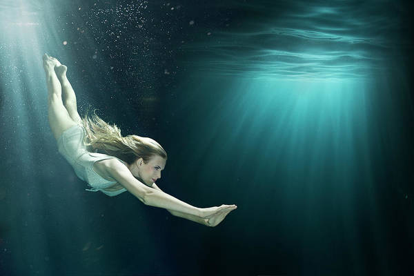 One Piece Swimsuit Photograph - Girl Diving Into Large Underwater Black by Zena Holloway
