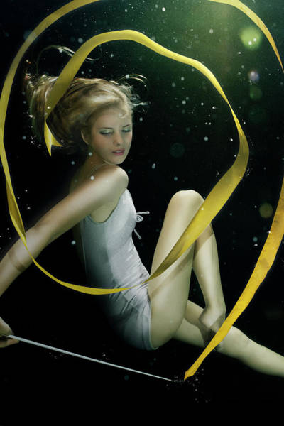 One Piece Swimsuit Photograph - Girl Underwater In Swimming Pool by Zena Holloway