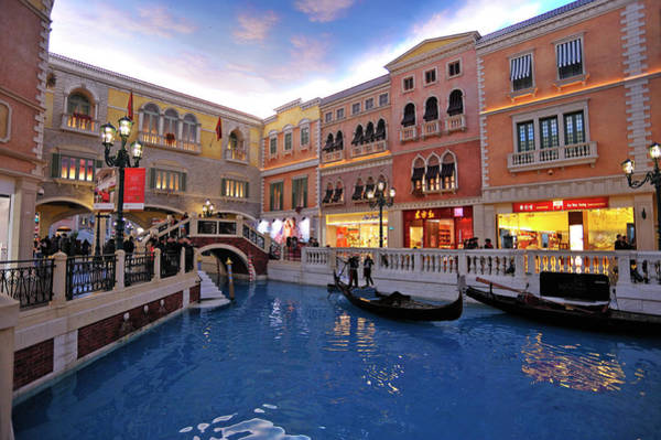 Luxury Hotel Photograph - Gondolas In Indoor Canal At Venetian by Wibowo Rusli