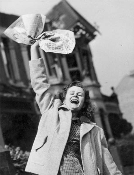 Newspaper Photograph - Good News by Reg Speller