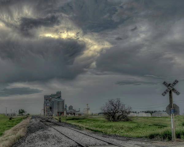 Photograph - Grain Train by Laura Hedien