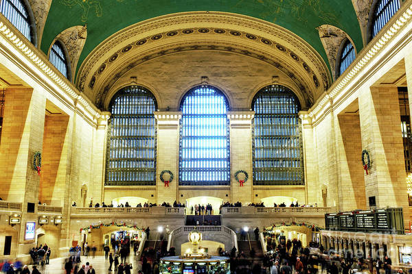 Photograph - Grand Central Terminal Main Concourse In New York City by John Rizzuto